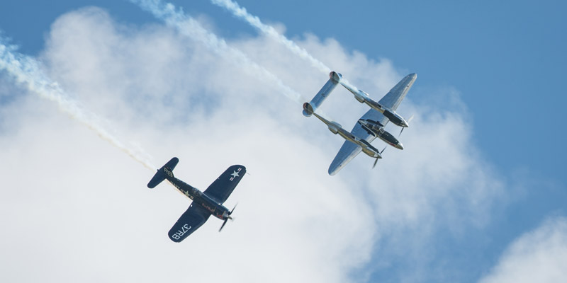https://www.airshowtravel.co.nz/wp-content/uploads/F4U_P38-_800_400.jpg