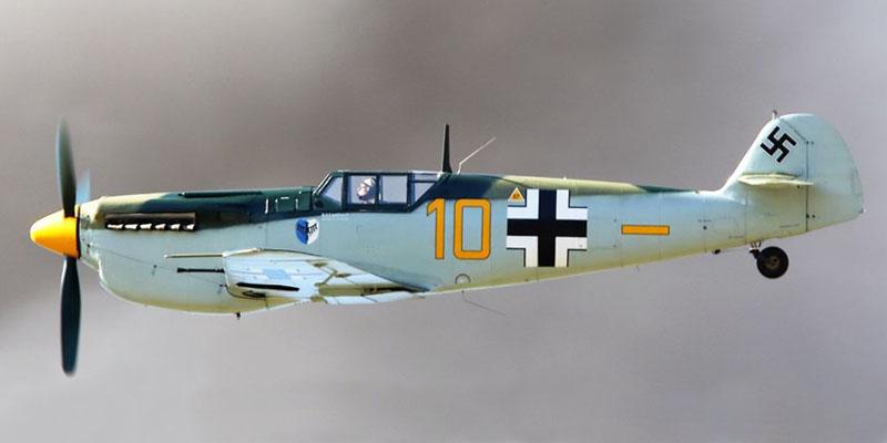 http://www.airshowtravel.co.nz/wp-content/uploads/Geoff-Soper-Buchon_800_400.jpg