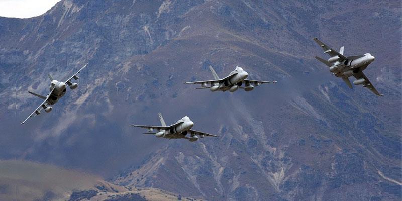 https://www.airshowtravel.co.nz/wp-content/uploads/Hornets_800_400-1.jpg