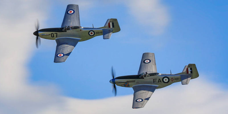 https://www.airshowtravel.co.nz/wp-content/uploads/Mustang-Pair_800_400.jpg