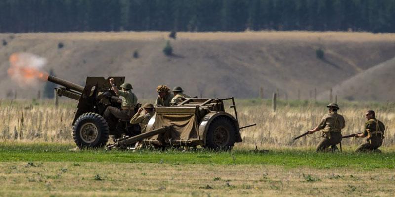 http://www.airshowtravel.co.nz/wp-content/uploads/SZ-Warhorse-guns_800_400.jpg