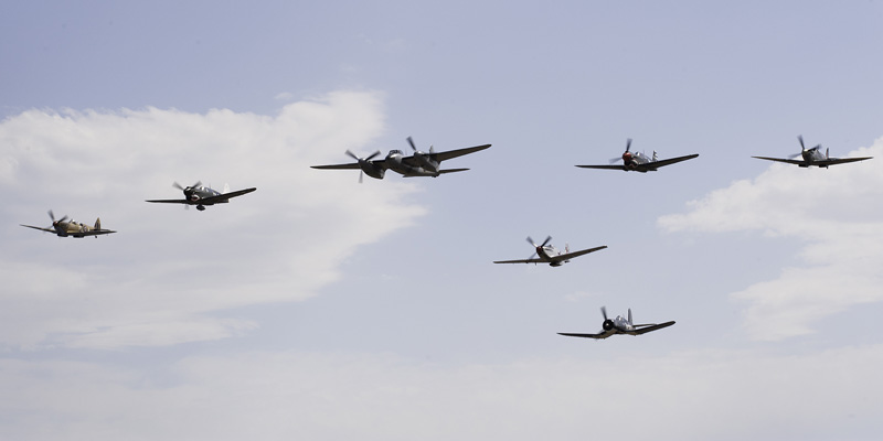 https://www.airshowtravel.co.nz/wp-content/uploads/WWII_Flypast_800_400.jpg