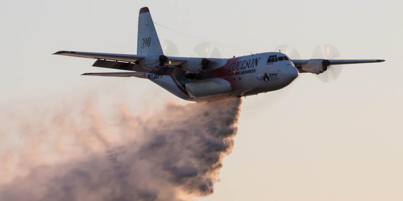 http://www.airshowtravel.co.nz/wp-content/uploads/avalon_c130_fire_800_400.jpg