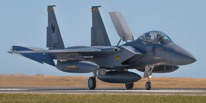 http://www.airshowtravel.co.nz/wp-content/uploads/avalon_f15_800_400.jpg