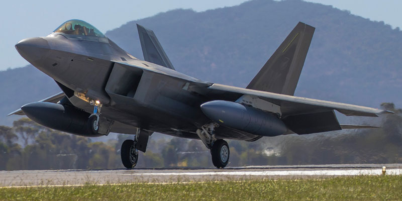 http://www.airshowtravel.co.nz/wp-content/uploads/avalon_f35_800_400.jpg