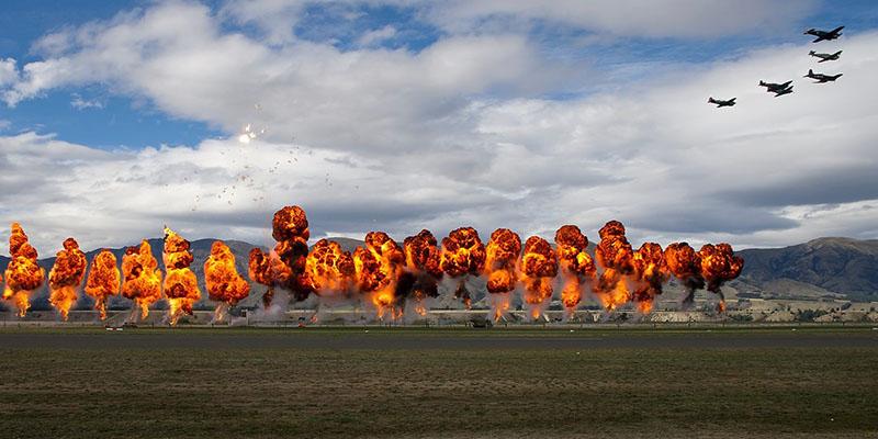https://www.airshowtravel.co.nz/wp-content/uploads/bombing_run_800_400.jpg