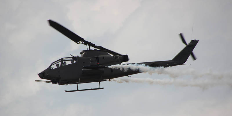 http://www.airshowtravel.co.nz/wp-content/uploads/chopper_800_400.jpg