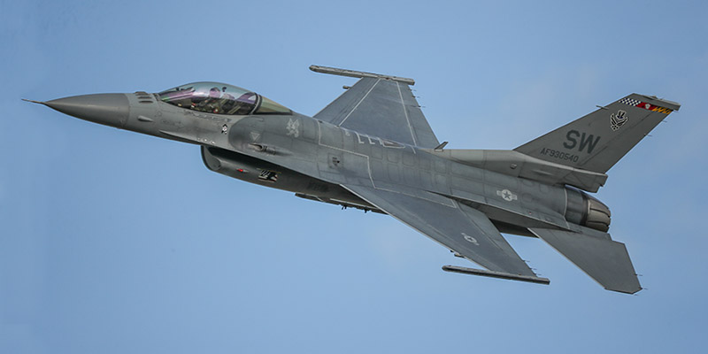 https://www.airshowtravel.co.nz/wp-content/uploads/f16_800_400-1.jpg