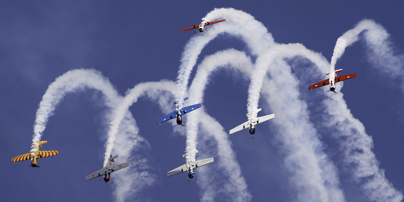 https://www.airshowtravel.co.nz/wp-content/uploads/harvards_loop_800_400.jpg