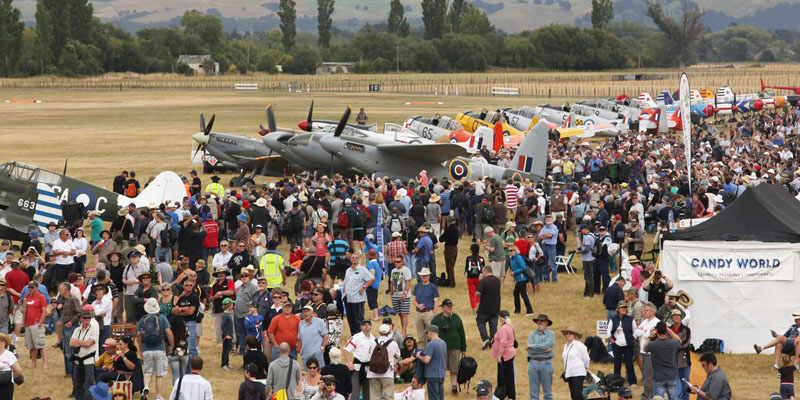 https://www.airshowtravel.co.nz/wp-content/uploads/static_line_800_400.jpg